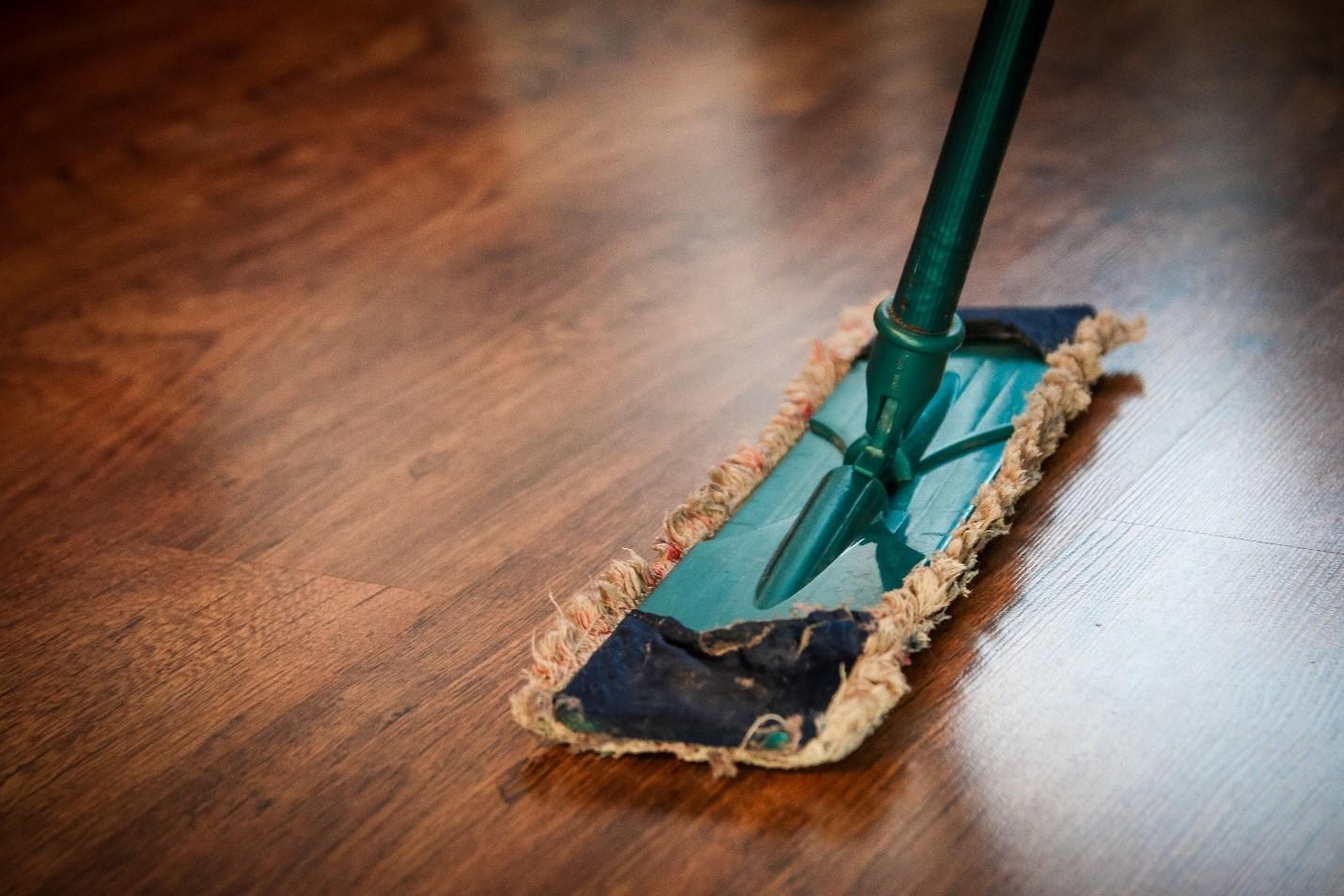 wooden floor refinish